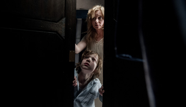 Alasan Lemari Kayu sering ada pada Film Horror!